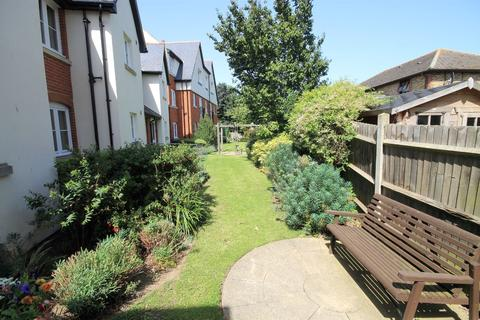 1 bedroom flat - Park View Lodge, Faversham