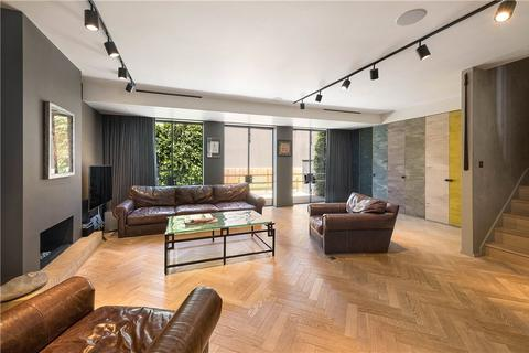 3 bedroom terraced house for sale - Bruton Place, London, W1J