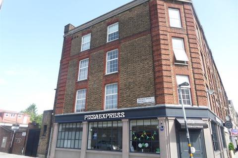 4 bedroom flat for sale - Broadlands Avenue, LONDON