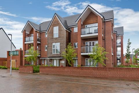 2 bedroom apartment for sale - Desmond Hubble Way, Repton Park, Ashford