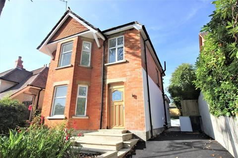3 bedroom detached house for sale - Crescent Road, Lower Parkstone