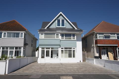 2 bedroom flat for sale - Southbourne Overcliff Drive, Bournemouth, BH6