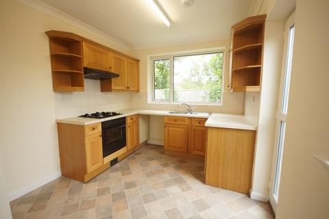 2 bedroom semi-detached bungalow to rent - Torksey Avenue, Saxilby, Lincoln