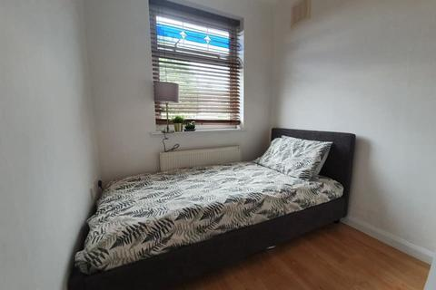 1 bedroom in a house share to rent - St. Christians Croft , Cheylesmore, Coventry