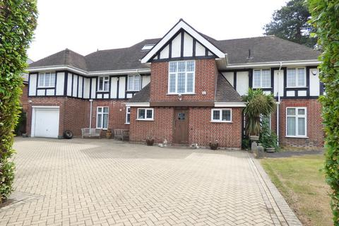9 bedroom detached house for sale - Littledown Drive, Bournemouth