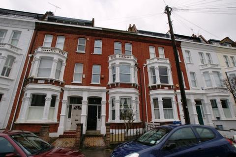 4 bedroom house to rent - Oxberry Avenue, Fulham, London, SW6 5SS