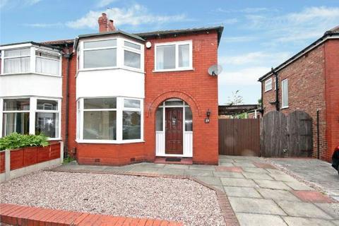 3 bedroom semi-detached house to rent - Radlet Drive, Timperley