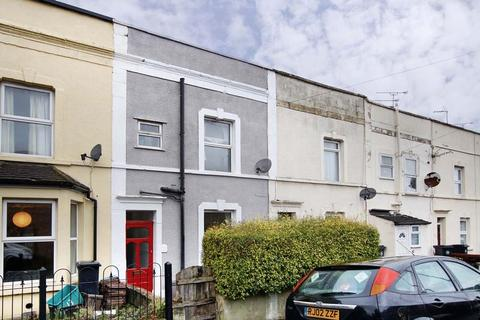3 bedroom terraced house to rent - Victoria Parade, Redfield, Bristol, BS5 9DZ