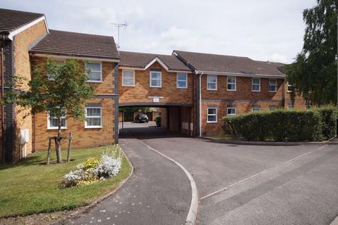 1 bedroom flat to rent - Off Hales Road GL52 6SG