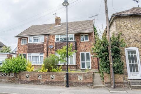 3 bedroom house to rent - Ospringe Road, Faversham
