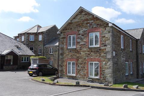 2 bedroom apartment for sale - Castlehill Court, Bodmin