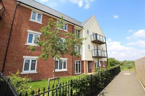 2 bedroom apartment to rent - Walker Mead, Biggleswade, SG18
