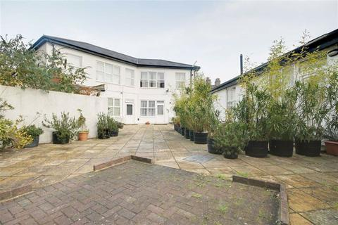 1 bedroom flat to rent - 220a High Road, Leytonstone, London