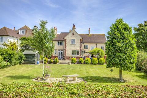 7 bedroom detached house for sale - Westdown Road, Seaford
