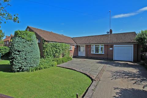 2 bedroom detached bungalow to rent - Main Street, Woodborough, Nottingham