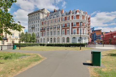 2 bedroom flat for sale - South Western House, Southampton