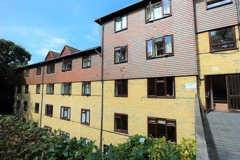 1 bedroom flat for sale - Forest Close, Chislehurst, BR7 5QS