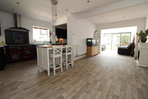 2 bedroom chalet for sale - Albert Road, Bulphan, Upminster, Essex, RM14