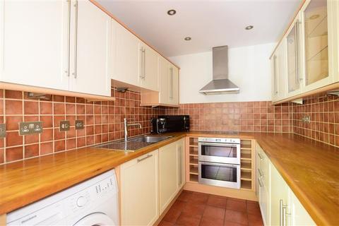 2 bedroom ground floor flat for sale - Savill Row, Woodford Green, Essex