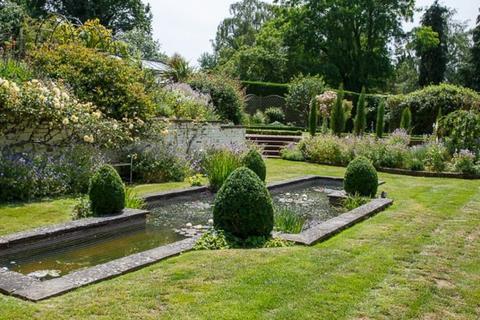4 bedroom detached bungalow for sale - Long Lane Shaw