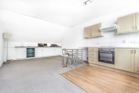 3 bedroom flat for sale - Wontner Road, Balham