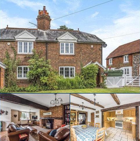 3 bedroom cottage for sale - Leaves Green Road, Keston