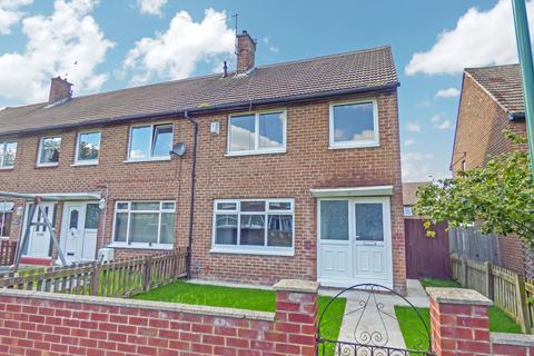 3 bedroom semi-detached house for sale - Broomfield, Hedworth, Jarrow, Tyne and Wear, NE32 4NE