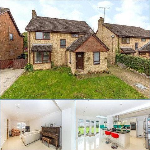 3 bedroom detached house for sale - Ridgewood Gardens, Harpenden, Hertfordshire