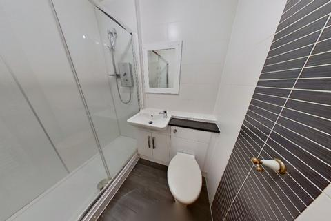 2 bedroom flat to rent - Thistle Court, Aberdeen, AB10