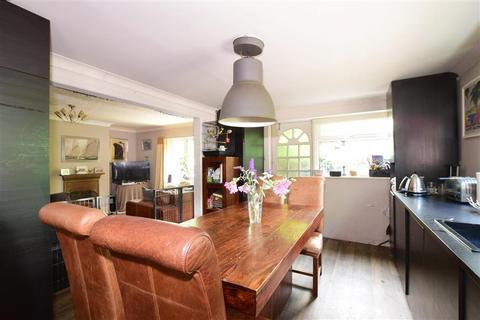 4 bedroom detached bungalow for sale - Lake Lane, Barnham, Bognor Regis, West Sussex