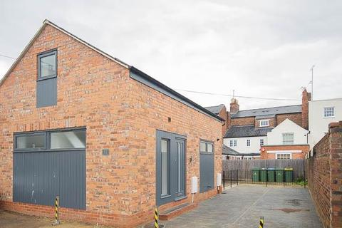 2 bedroom detached house to rent - Albion Place, Cheltenham, GL52 2NZ