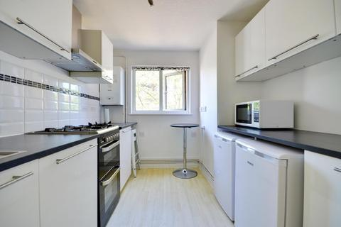1 bedroom flat to rent - Enfield Close, Uxbridge, Middlesex UB8 2PX