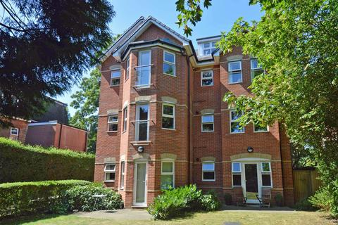 2 bedroom flat for sale - Wellington Road, Bournemouth, BH8