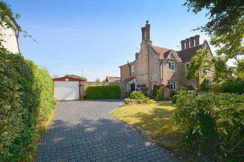 2 bedroom semi-detached house for sale - Oakley Lane, Wimborne