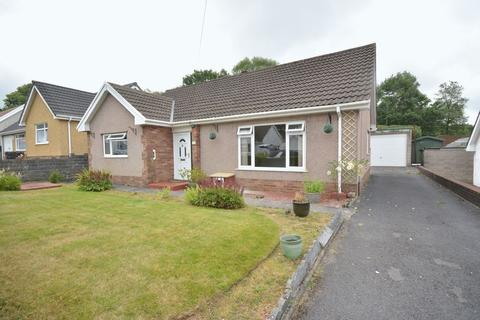 3 bedroom detached bungalow for sale - Afan Valley Close, Neath