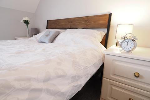 2 bedroom house share to rent - Grafton Street, Hull, HU5 2NR