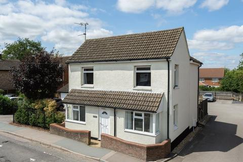 3 bedroom detached house for sale - Marsworth Road, Pitstone