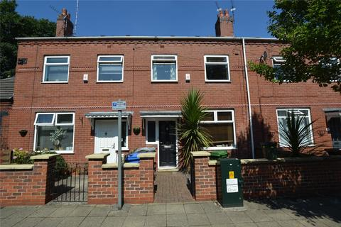 3 bedroom terraced house to rent - Mellor Street, Stretford, Manchester, M32