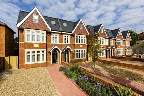 5 bedroom semi-detached house to rent - The Avenue, West Ealing, London, W13