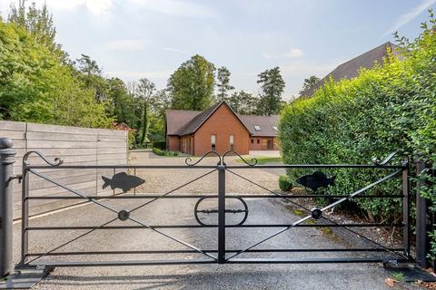 2 bedroom end of terrace house for sale - The Fishery, Lambourn Road, Speen, Newbury, RG20