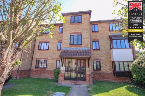 2 bedroom apartment for sale - Ashtree Court, Waltham Abbey, EN9
