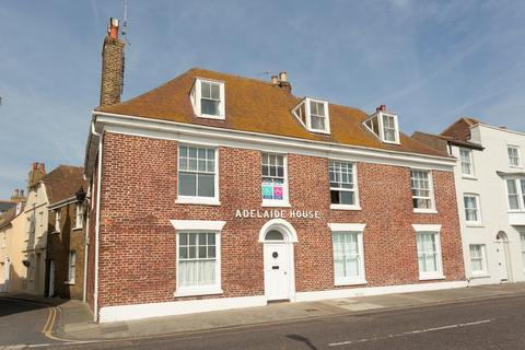 2 bedroom flat for sale - Beach Street, Deal
