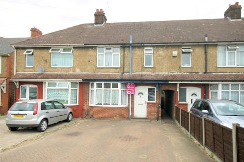 3 bedroom terraced house to rent - Poynters Road, Luton