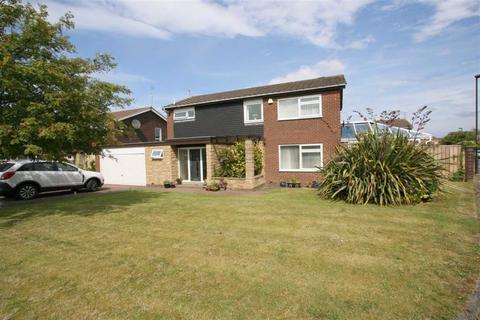 4 bedroom detached house for sale - Haddington Road, Whitley Bay, NE25
