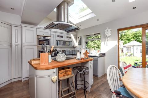 Search 3 Bed Houses To Rent In Wimbledon Onthemarket