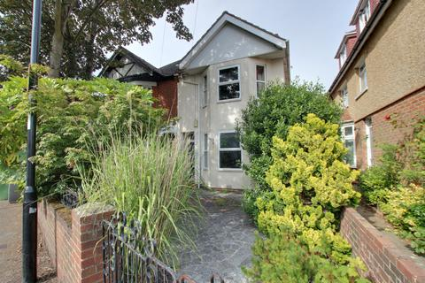 3 bedroom semi-detached house for sale - Bassett, Southampton