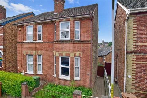 3 bedroom semi-detached house for sale - Dynevor Road, Tunbridge Wells, Kent