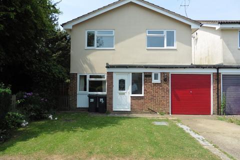 4 bedroom detached house to rent - Chestnut Way, Takeley, Bishop's Stortford, Hertfordshire