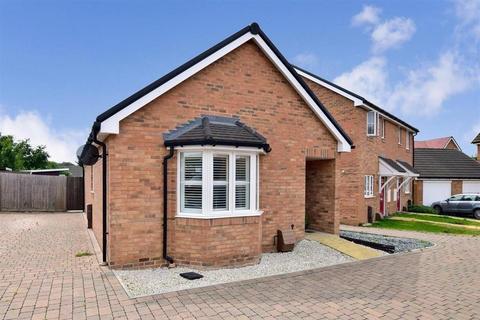 2 bedroom detached bungalow for sale - Tiller Close, Yapton, Arundel, West Sussex