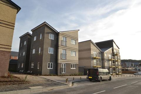 2 bedroom flat to rent - Saddle Way, Andover, SP11 6XQ